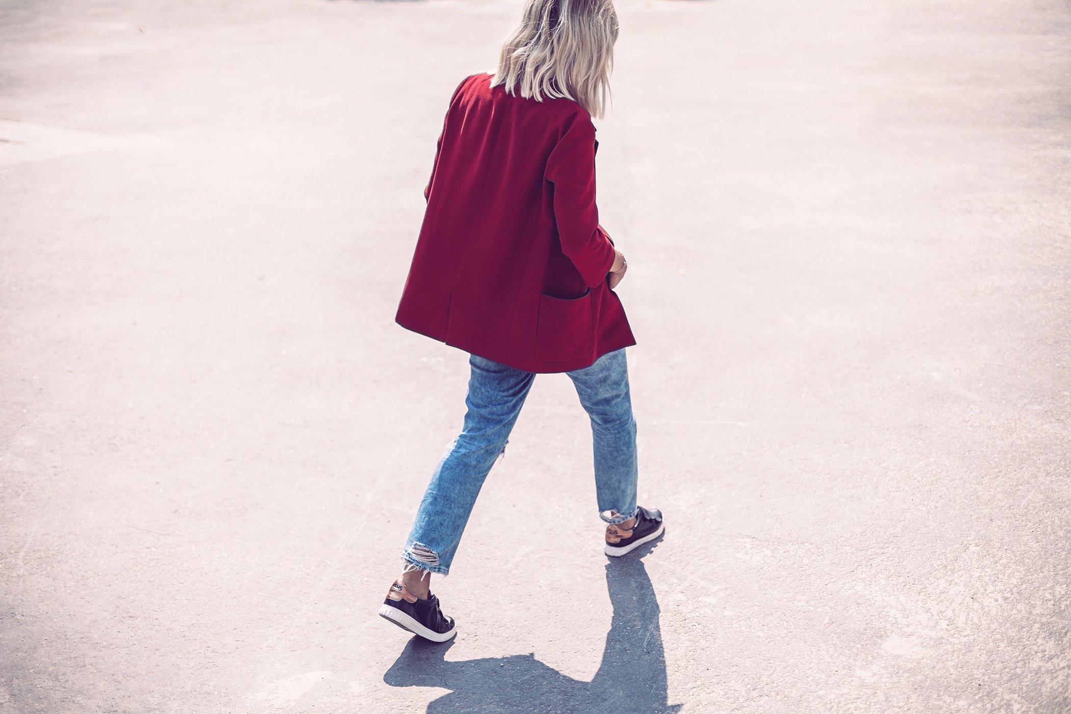 mikuta-casual-red-coat-4NEW