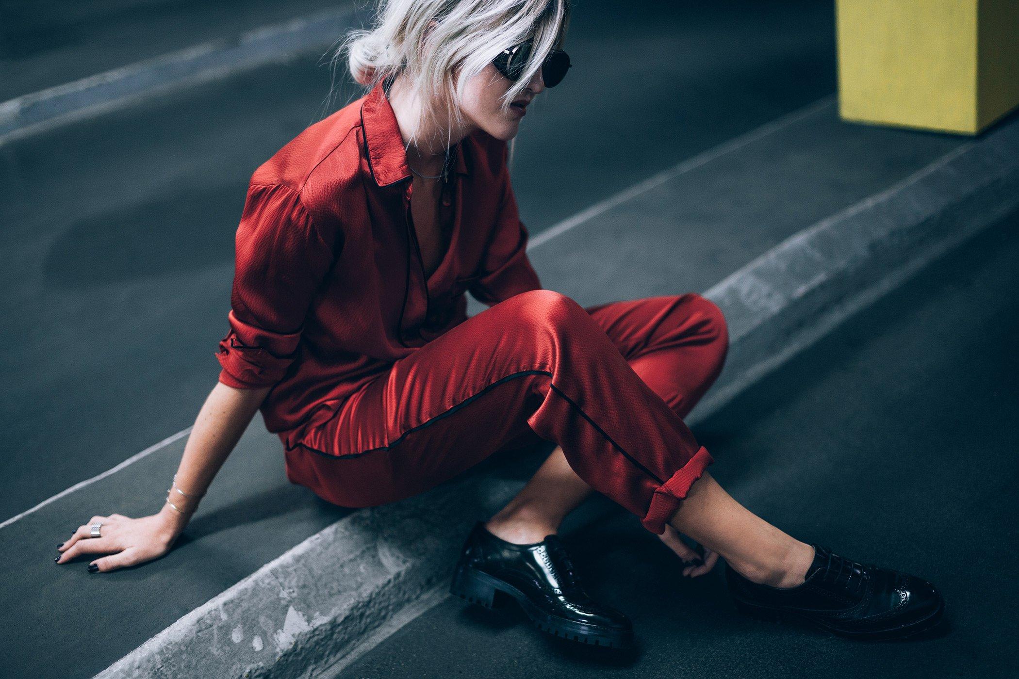 mikuta-in-red-ganni-suit-13