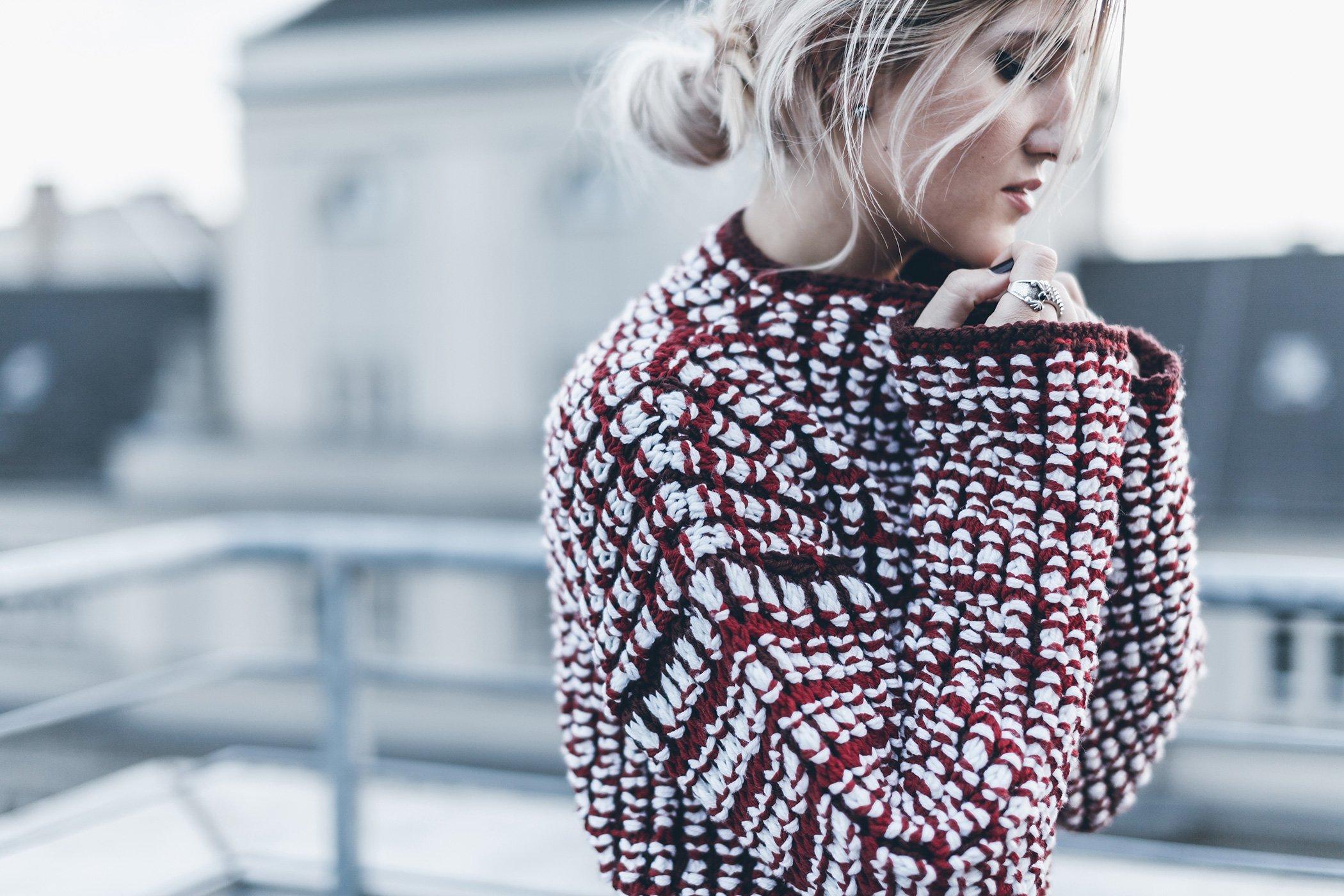 mikuta-and-vivian-graf-red-knit-22
