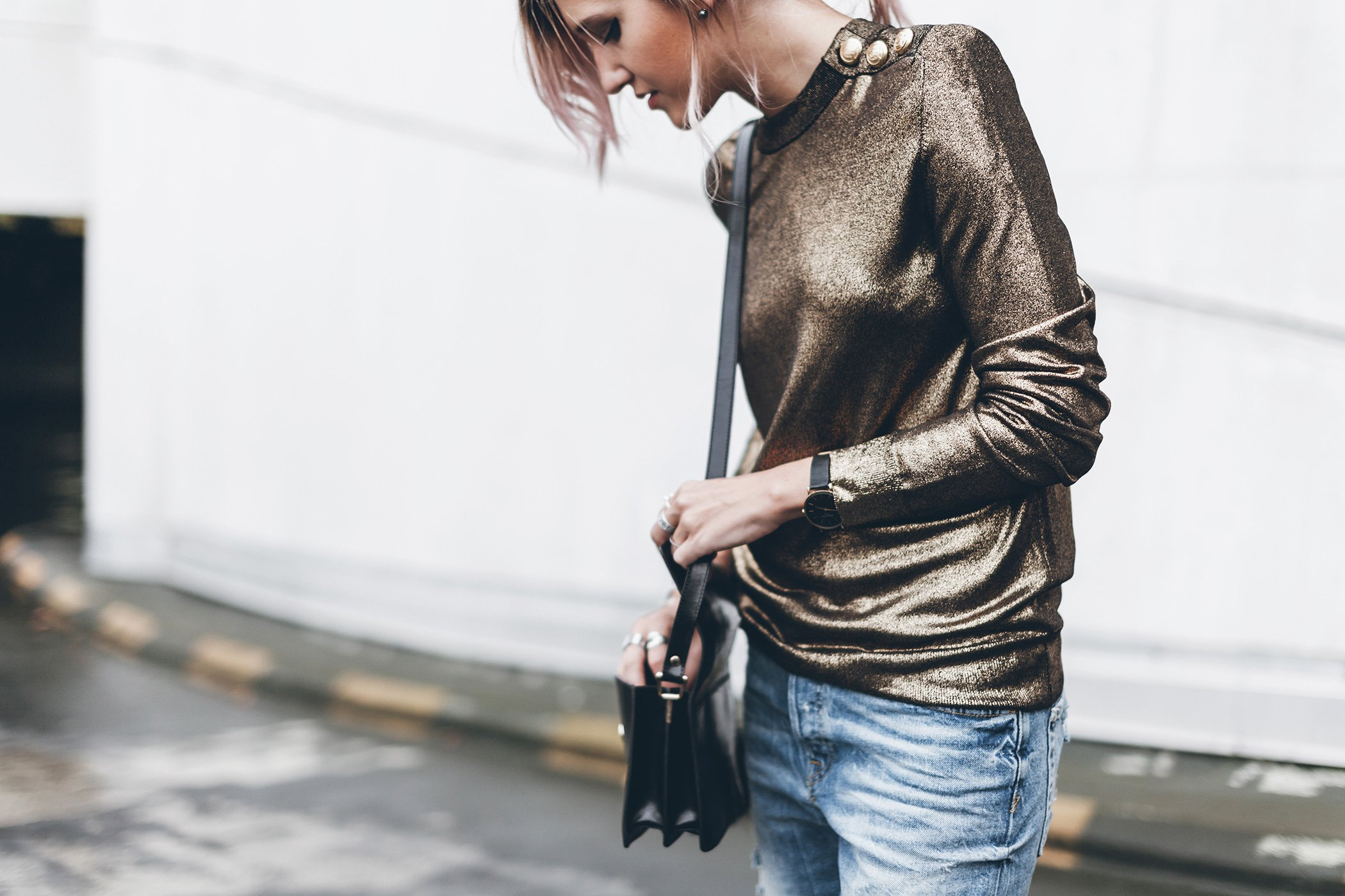 mikuta-golden-balmain-sweater-1