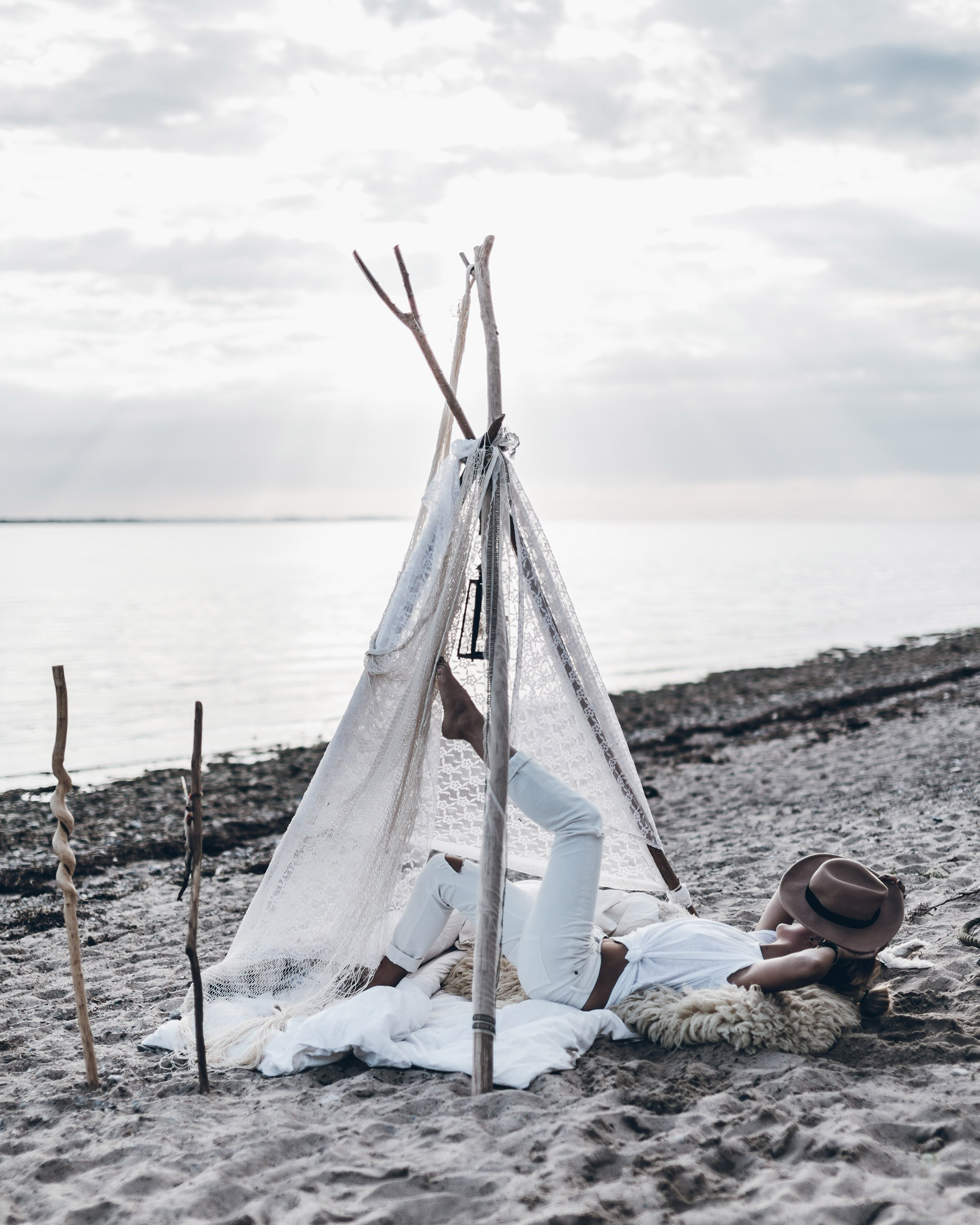 mikuta-cozy-beach-tent-14