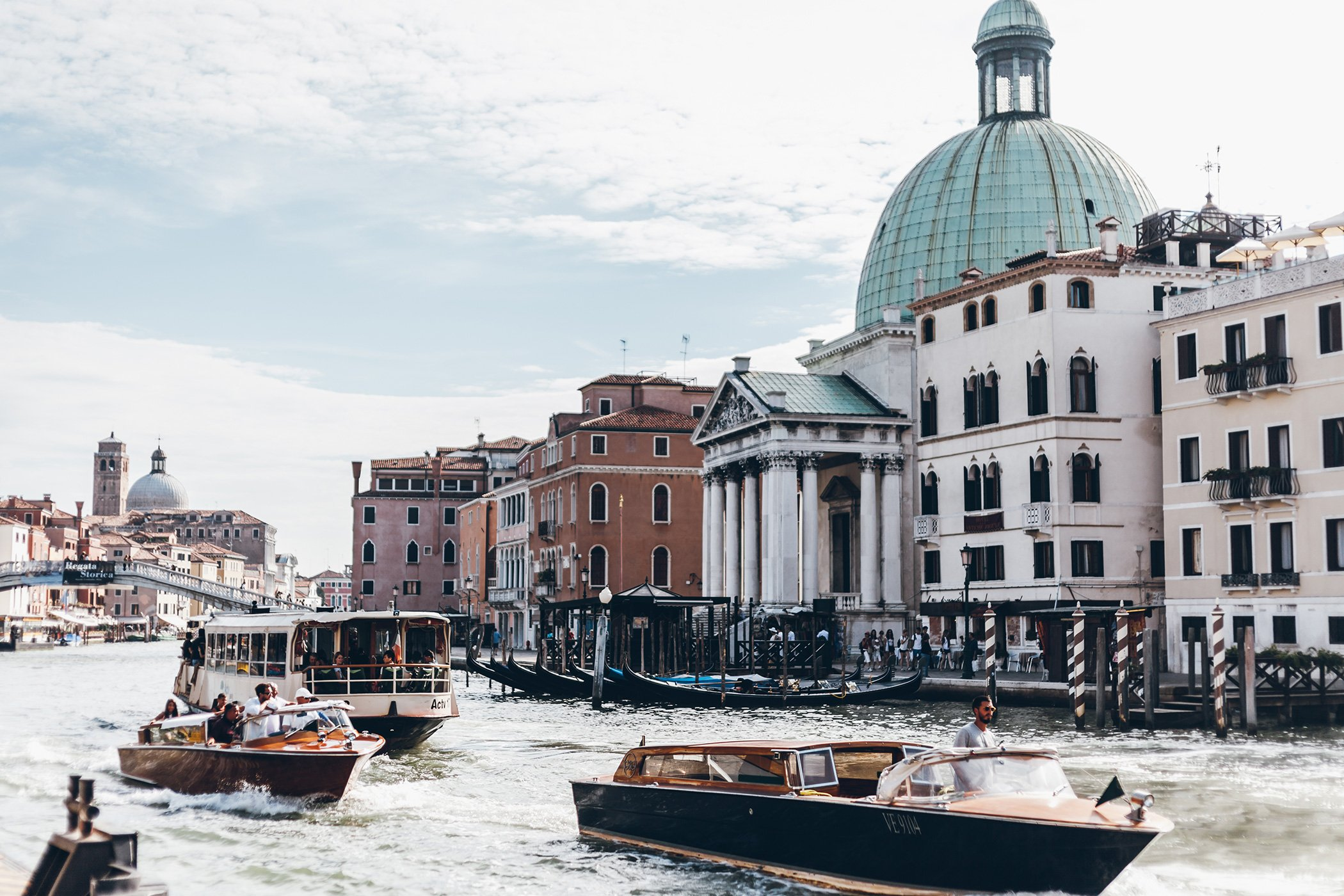 hotel carlton on the grand canal venice. Black Bedroom Furniture Sets. Home Design Ideas