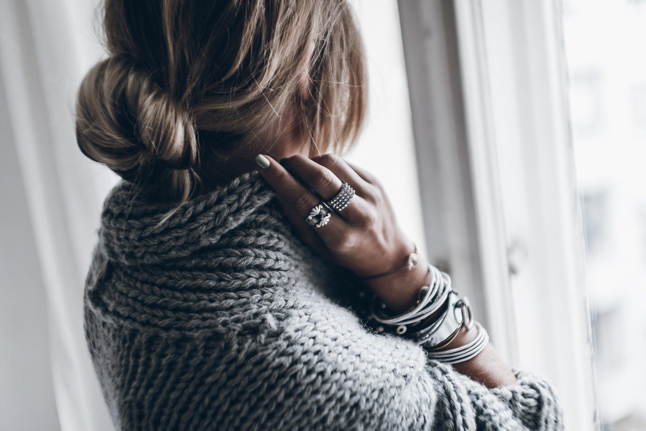 mikuta-silver-nails-3