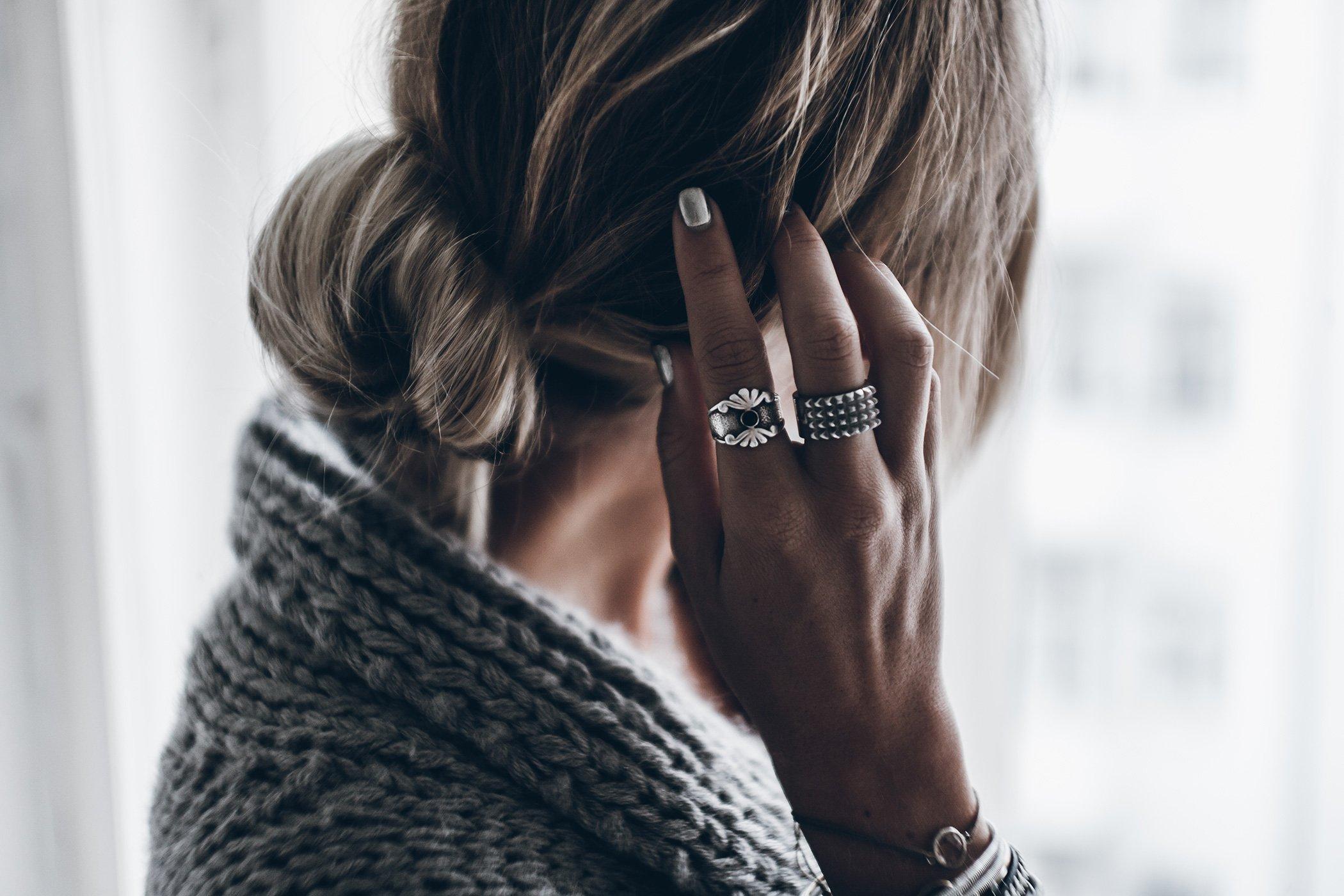 mikuta-silver-nails-4