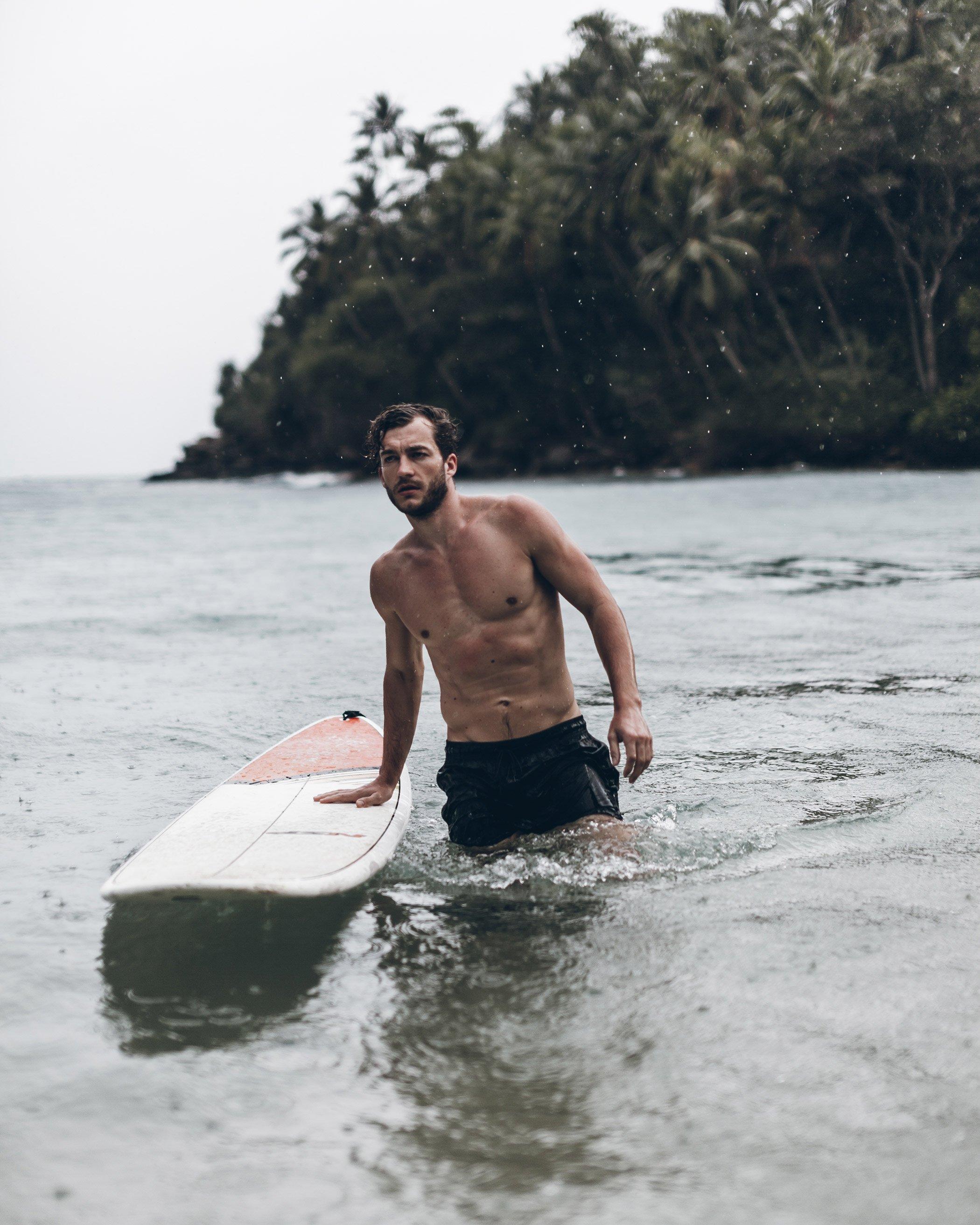 Surfing In Hiriketiya  U00bb Mikuta Nu
