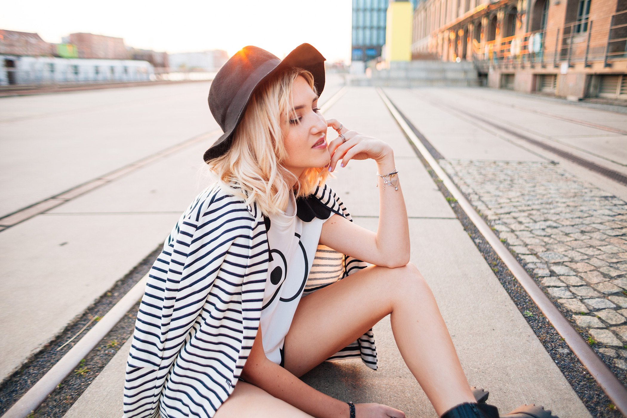 mikutas stripes and eyes look with hat