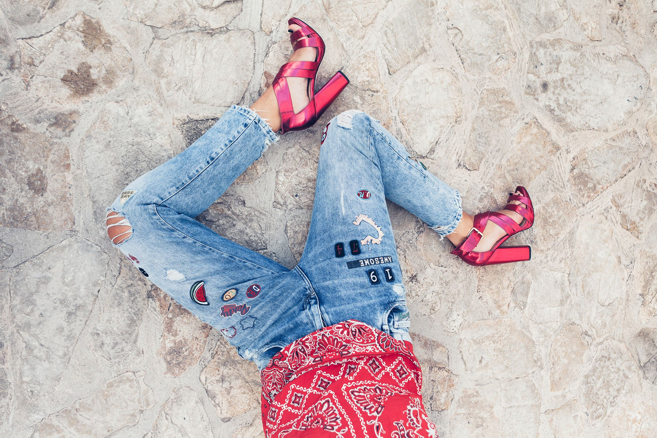 mikuta-red-and-jeans-4