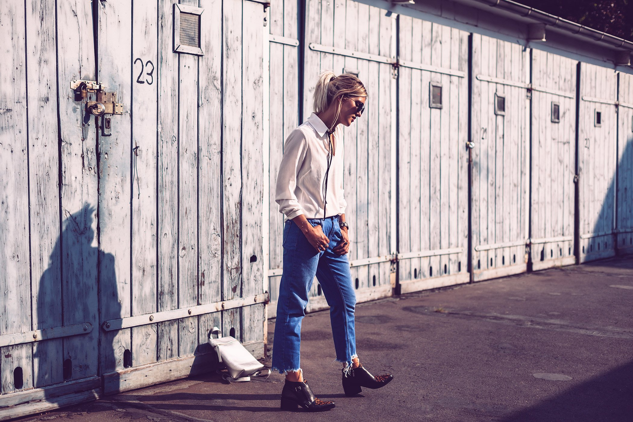 leo-an-cut-off-jeans-5