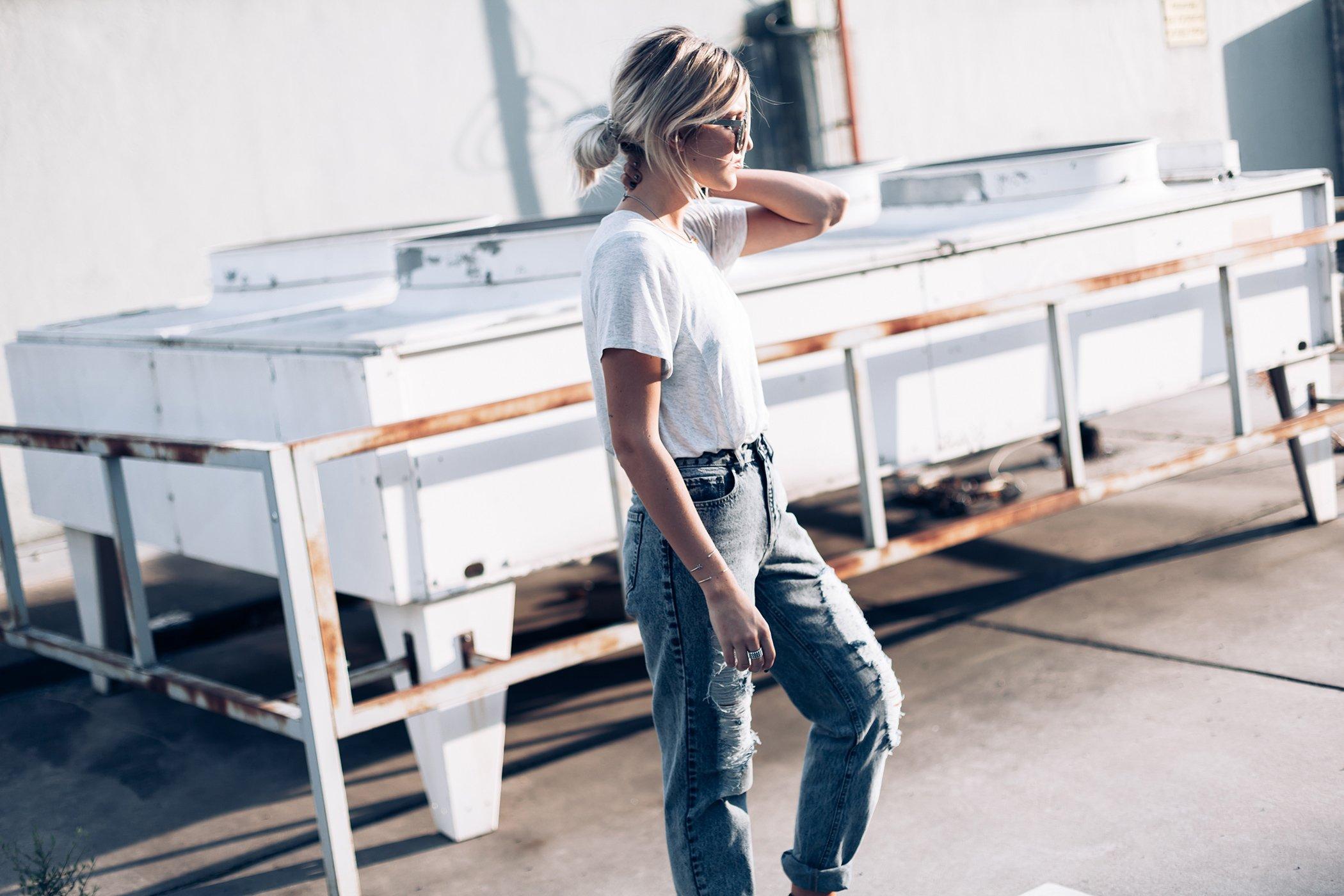 mikuta-loves-her-jeans-14