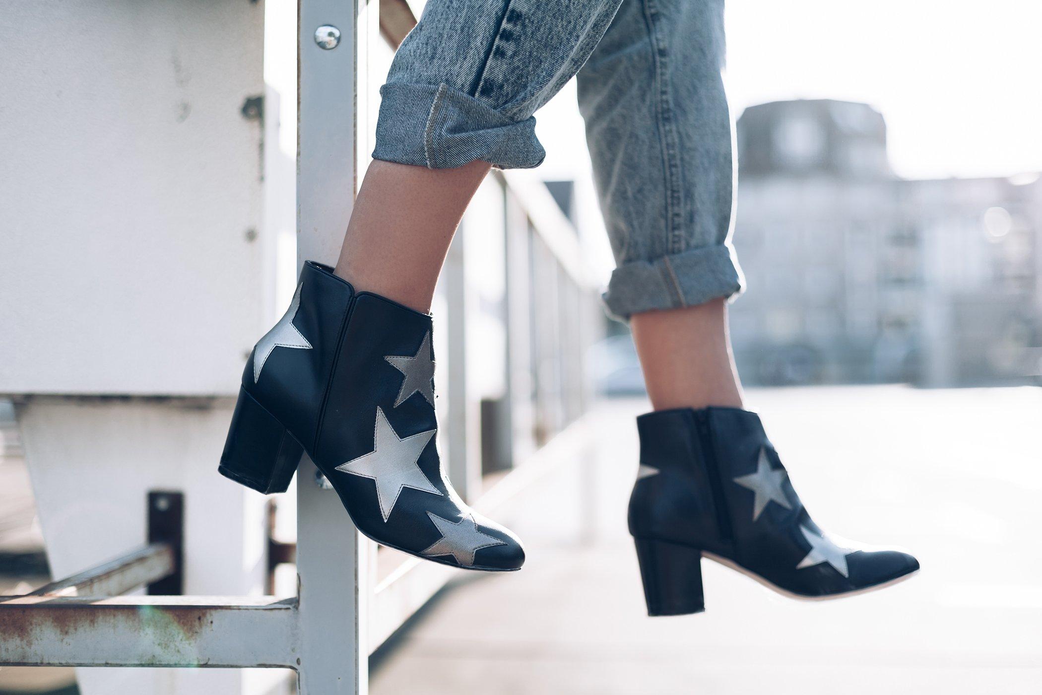 mikuta-loves-her-jeans-4