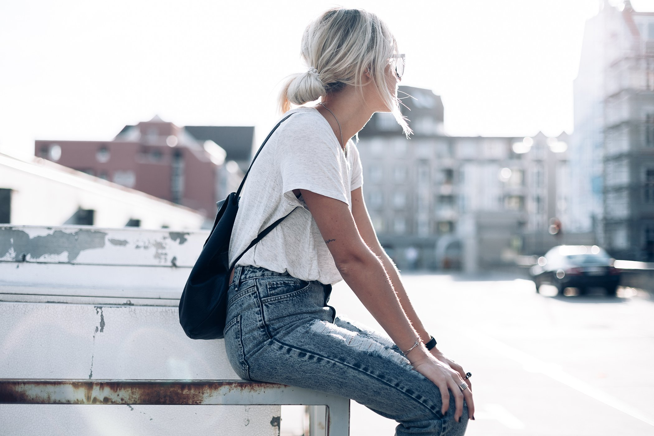 mikuta-loves-her-jeans-7