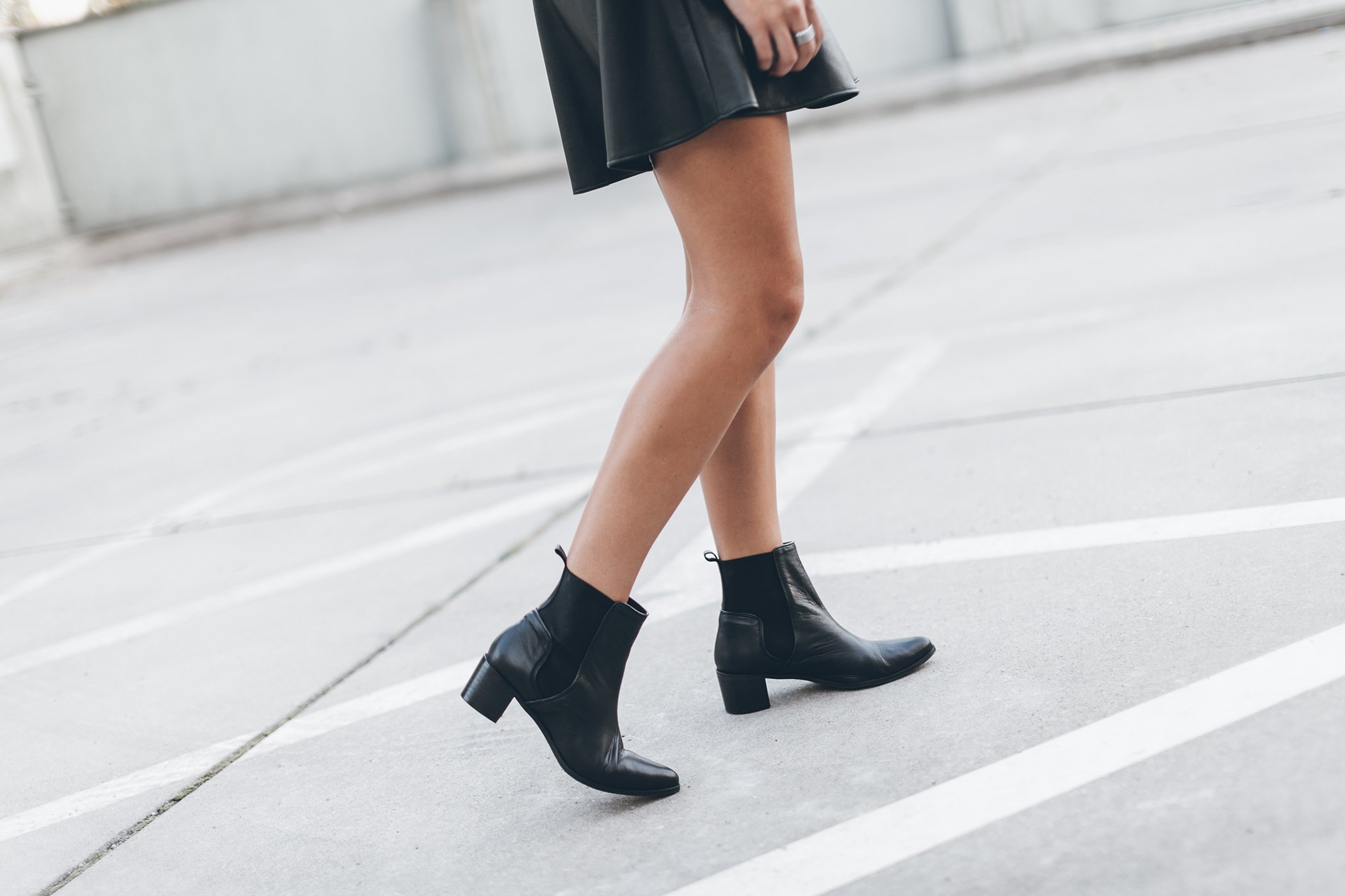 mikuta-wears-henry-kole-shoes-16