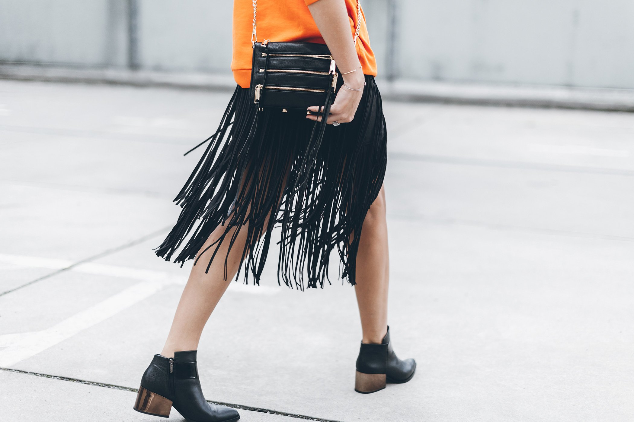mikuta-fringe-skirt-orange-sweater-5