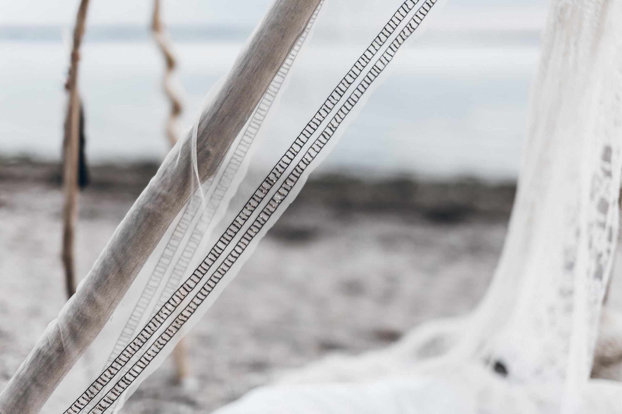 mikuta-cozy-beach-tent-10