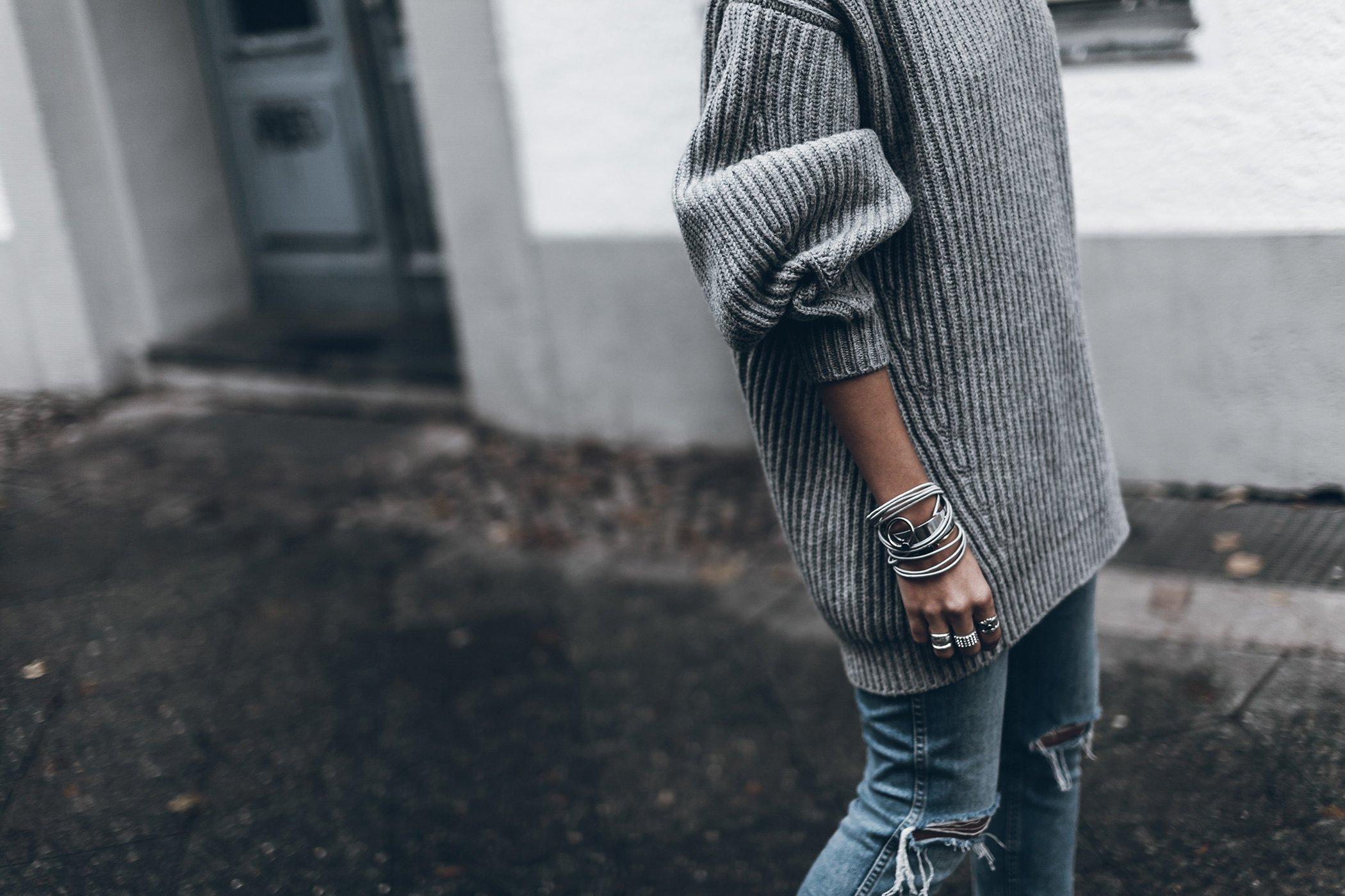 mikuta-acne-knit-8