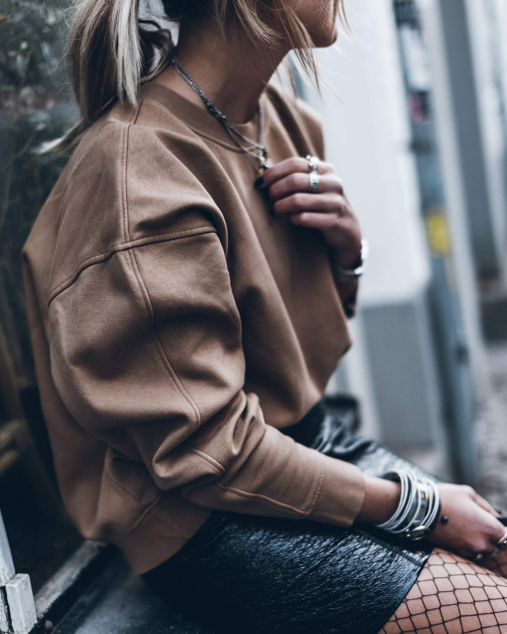 mikuta-patent-leather-skirt-10