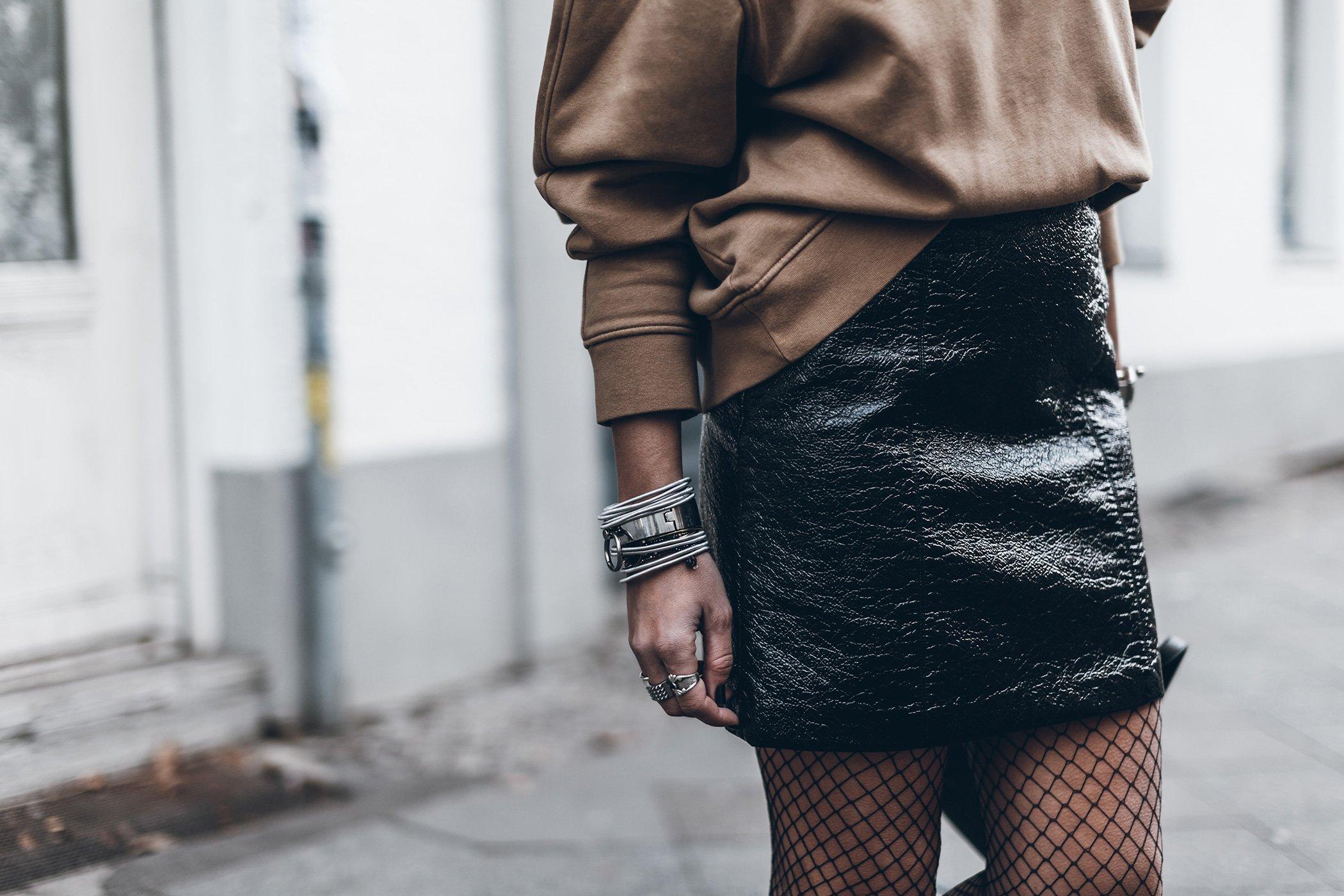 mikuta-patent-leather-skirt-4